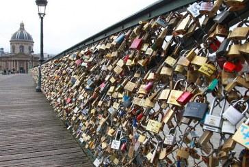 قفل عشق؛ جاذبه گردشگری یا سواستفاده از احساسات؟