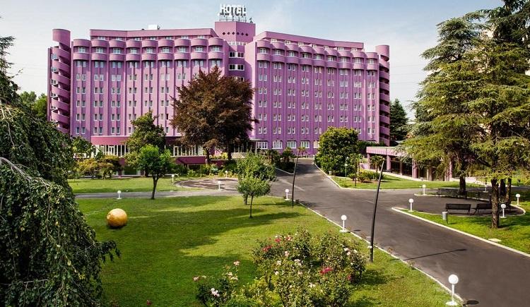 هتل داوینچی میلان