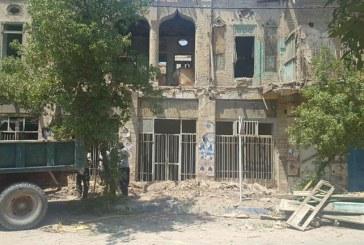 خانه بیچاری در آبان تخریب شد