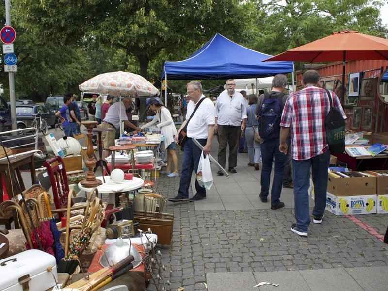 بازار ارزان فروشی و لوازم دست دوم