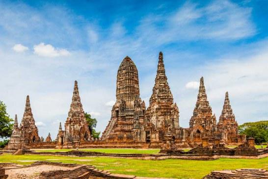 تایلند به منظور حفظ شهر تاریخی آیوتایا به گردشگران آموزش میدهد