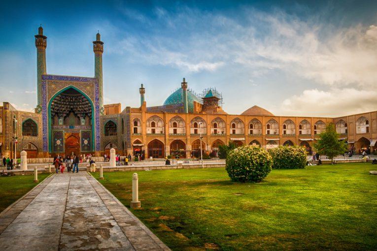 سوغات و غذاهای محلی اصفهان