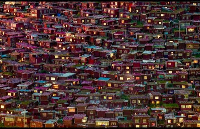 خانه های سرخ