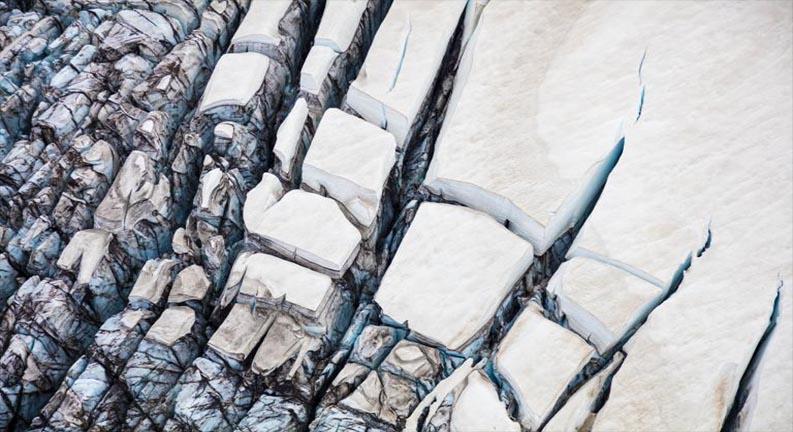 زمین یخ
