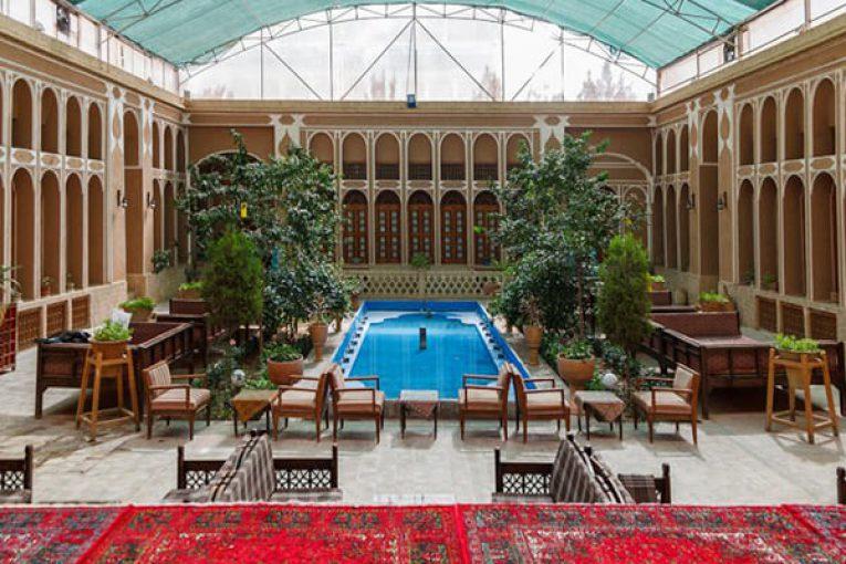 در این هتل های یزد ارزان ترین و خاص ترین اقامت عمرتان را تجربه کنید